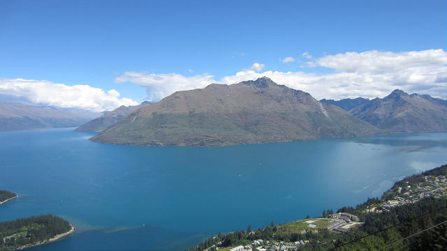 View of Lake Wakatipu from the top of Bob's Peak, Queenstown