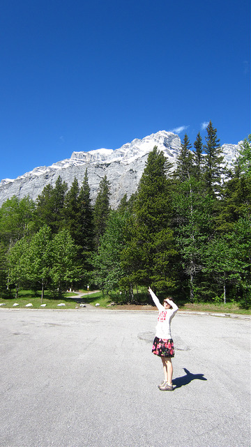 Look, 'tis a mountain