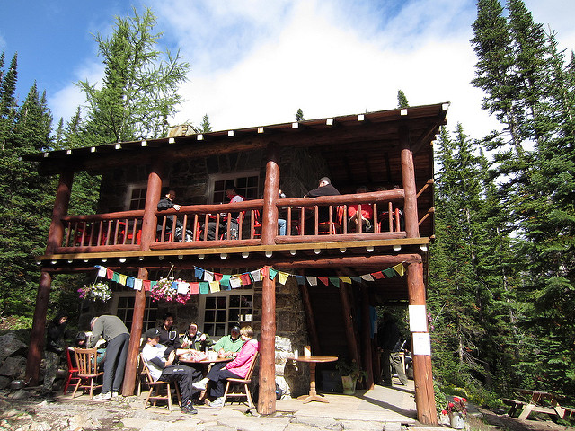 Plain of Six Glaciers Teahouse